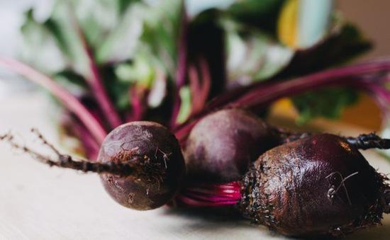 """Những loại thực phẩm ăn nhiều khiến cơ thể bạn """"ám"""" mùi"""