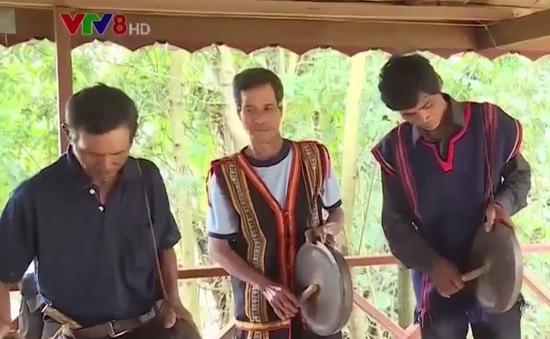 Đồng bào Jrai ở Tây Nguyên vui Tết độc lập