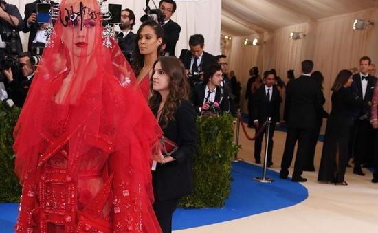 Sao mặc gì tại bữa tiệc thời trang MET Gala 2017?