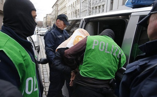 Đức bắt giữ 1 nghi can khủng bố can tại Berlin