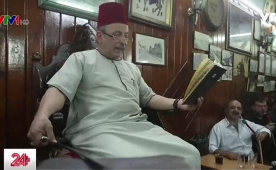 Người kể chuyện tại các quán cà phê ở Syria