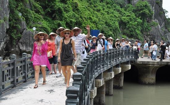 Khách quốc tế đến Việt Nam tăng trưởng tốt