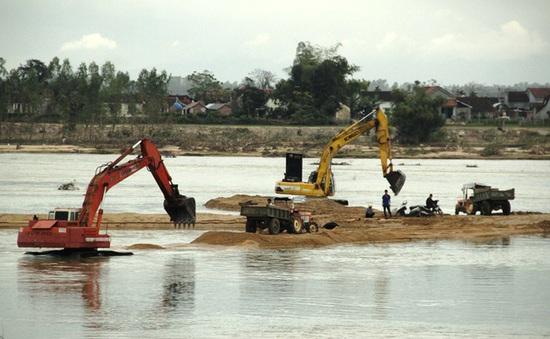 Ba tháng, xử lý hơn 3000 vụ khai thác cát trái phép
