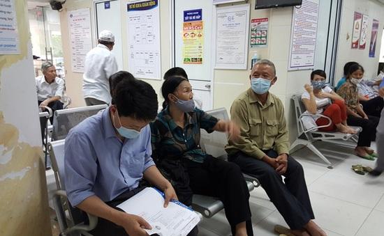 50 bệnh viện tăng giá dịch vụ với bệnh nhân không có BHYT