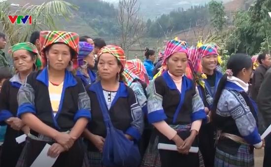 Yên Bái: Khám bệnh miễn phí cho bà con dân tộc bị ảnh hưởng bão lũ
