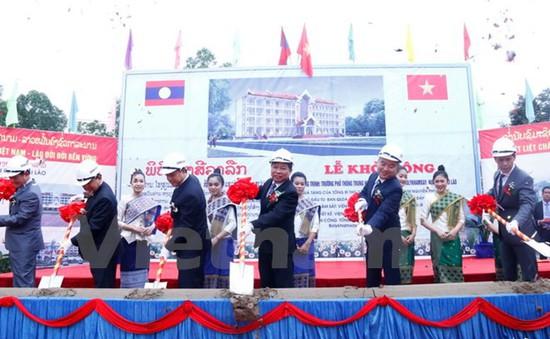 Khởi công xây dựng trường Phổ thông Trung học Sithanaxay tại Lào