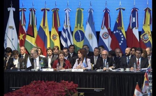Mercosur đình chỉ tư cách thành viên của Venezuela