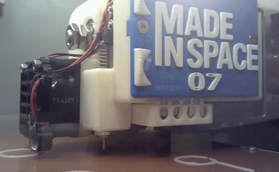 Túi dụng cụ của bác sĩ tương lai có thể là máy in 3D