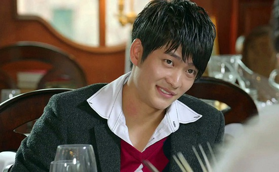 """Kang Tae Oh: Hóa ra đã từng """"hài"""" và """"ăn chơi"""" như thế"""