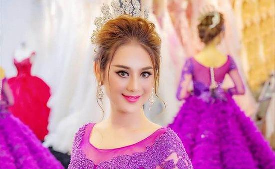 Lâm Chi Khanh hóa cô dâu kiêu kỳ với váy cưới