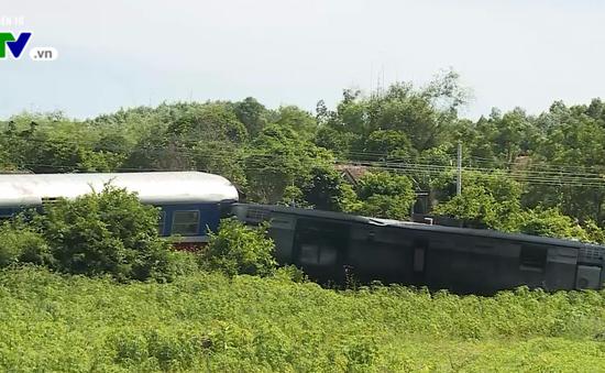Quảng Bình: Khởi tố vụ xe múc đâm vào tàu SE3 tại Bố Trạch