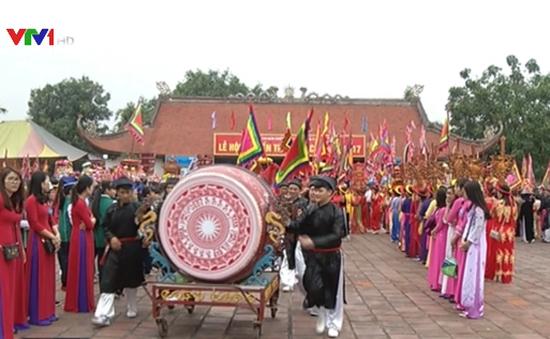 Lễ hội truyền thống Bạch Đằng năm 2017
