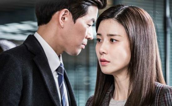 """Phim Hàn Whisper """"bất khả chiến bại"""" trong cuộc chiến rating"""