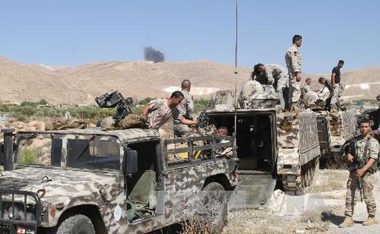5 phiến quân đánh bom liều chết tại Liban
