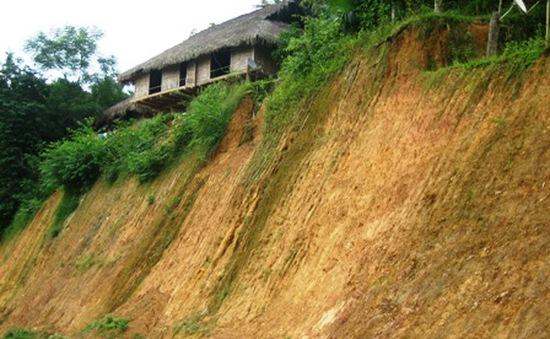 Tuyên Quang khẩn trương di dời 90 hộ dân ra khỏi vùng nguy hiểm