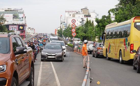 TP.HCM: Thí điểm đổi chiều lưu thông theo giờ tại giao lộ Cộng Hòa