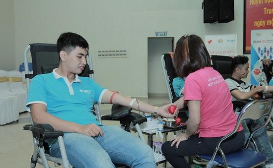 Ngày hội Dân văn phòng hiến máu vì bệnh nhân Thalassemia