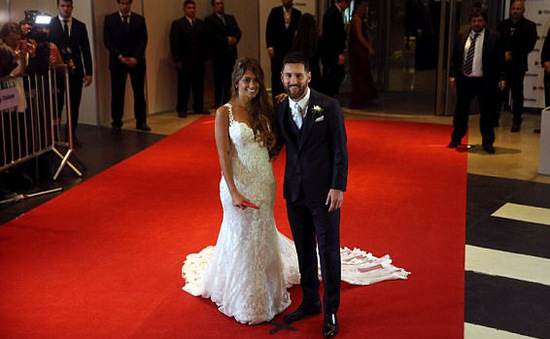 Chùm ảnh: Dàn sao tới dự lễ cưới của Messi