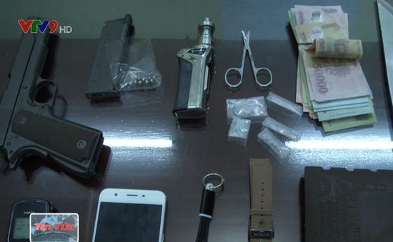Bắt giữ hai đối tượng mua bán ma túy tại Bình Thuận