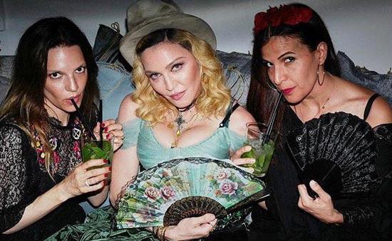 Madonna chuyển đến sống ở Bồ Đào Nha