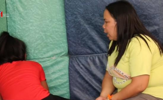 Nhức nhối nạn mại dâm trẻ em tại Philippines