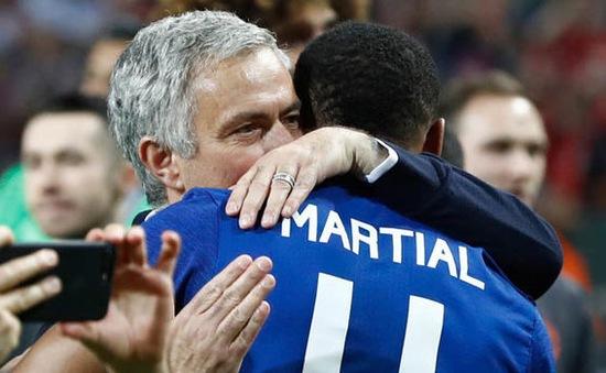 Mourinho dọa lên, dọa xuống thần đồng người Pháp