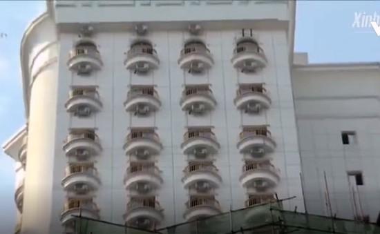 """Tòa nhà """"nghìn mắt"""" gây sốt tại Trung Quốc"""
