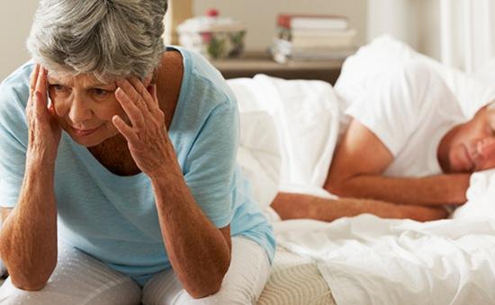 1/3 người cao tuổi ở Mỹ phải sử dụng thuốc ngủ