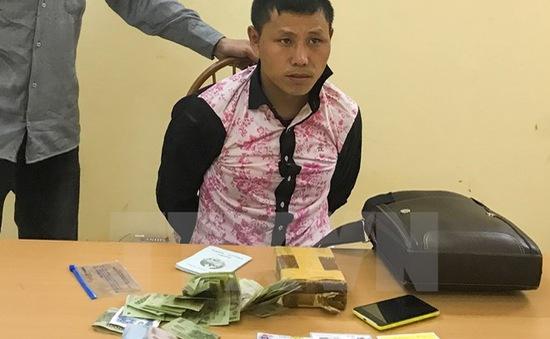 Điện Biên bắt quả tang 2 đối tượng mua bán ma túy