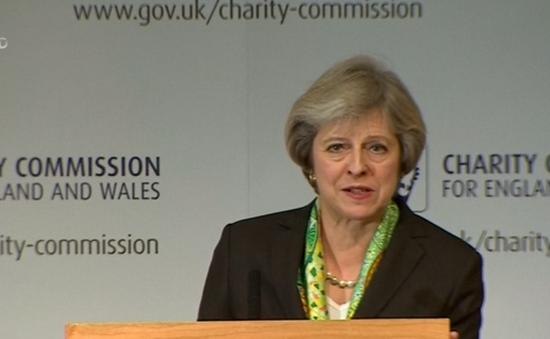 Thủ tướng Anh đưa ra chính sách ưu đãi cho giới trẻ