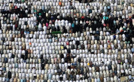 2 triệu người Hồi giáo hành hương tới Thánh địa Mecca