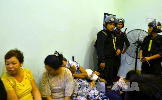 Bộ Công an vây bắt sòng bạc lớn ở TP.HCM