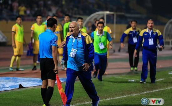 HLV trưởng CLB FLC Thanh Hóa, Petrovic bị phạt 10 triệu đồng và cấm chỉ đạo 2 trận