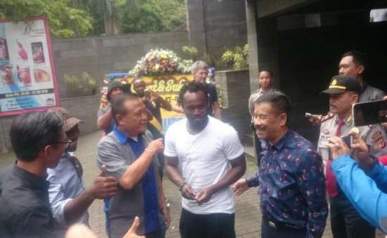 Michael Essien chính thức tới Đông Nam Á thi đấu