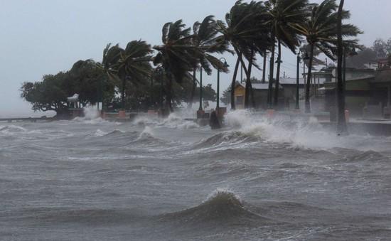 Những hành động đẹp trong mưa bão ở nước Mỹ