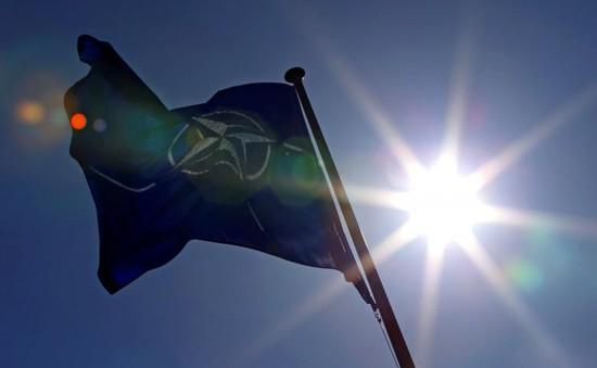 Vấn đề chia sẻ chi phí trong NATO