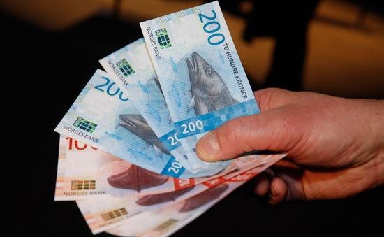 Video độc, lạ giới thiệu đồng tiền mới của Na Uy