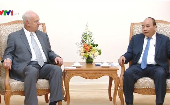 Việt Nam luôn coi trọng và ưu tiên hợp tác với Liên bang Nga