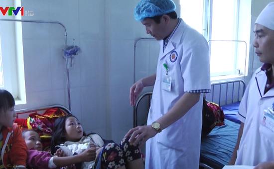 73 học sinh ở Sapa nghi bị ngộ độc thực phẩm