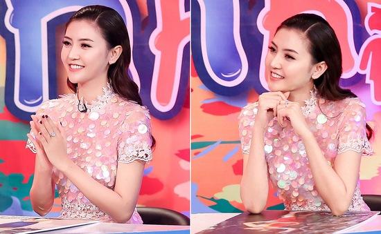 """Nữ hoàng sắc đẹp toàn cầu 2016 Ngọc Duyên duyên dáng trên """"ghế nóng"""" Siêu mẫu nhí"""