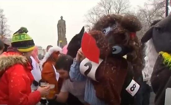 Cuộc đua ngựa vui nhộn tại London (Anh)