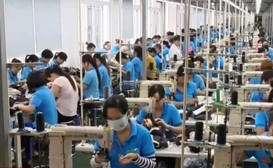 Việt Nam đang mất dần mất lợi thế về nhân công giá rẻ