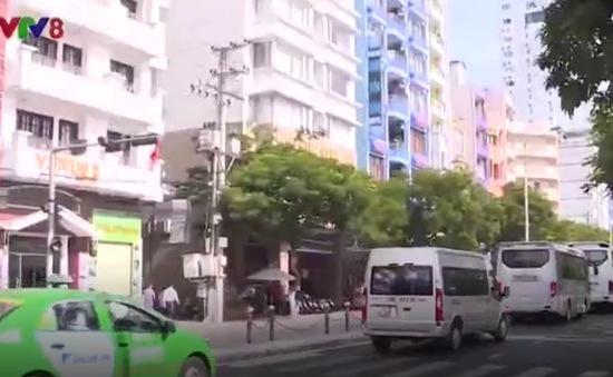 Bức bối không gian đô thị mùa cao điểm tại Nha Trang