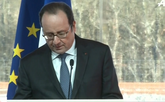 Nổ súng khi Tổng thống Pháp đang phát biểu, 2 người bị thương
