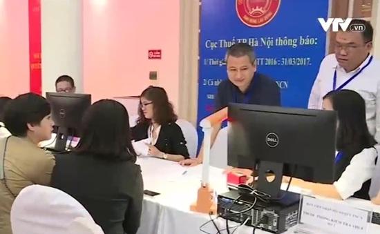 Hà Nội hỗ trợ người dân quyết toán thuế trong tháng cao điểm