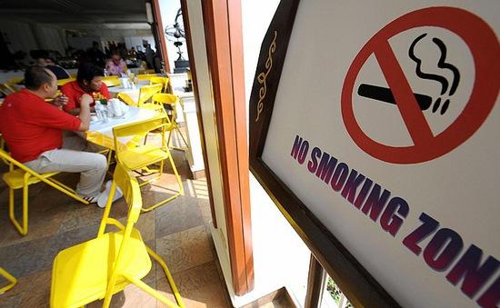 UAE tiến tới xã hội không khói thuốc