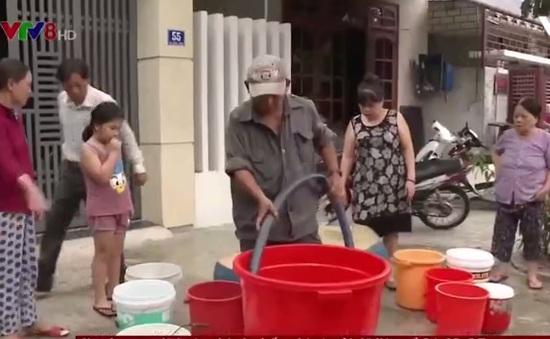Đà Nẵng: Không có nước sinh hoạt, cuộc sống của hàng trăm hộ dân bị đảo lộn
