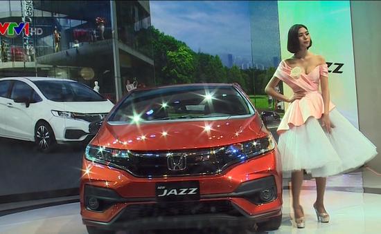 Nhiều dòng xe thân thiện môi trường tại triển lãm ô tô Việt Nam lần thứ 13