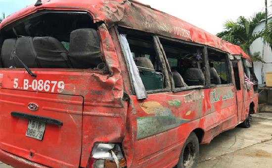 Tạm giữ hình sự tài xế gây tai nạn trên QL91