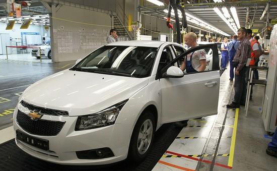 Hỗ trợ sản xuất, lắp ráp ô tô Nga